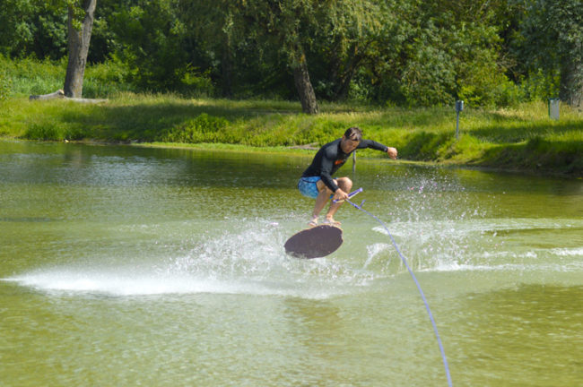 skimboard / ride / winch / lac / bègles / Bordeaux / coblas / flat / Shov-it / initiation / Skim'evolution / skim Park tour